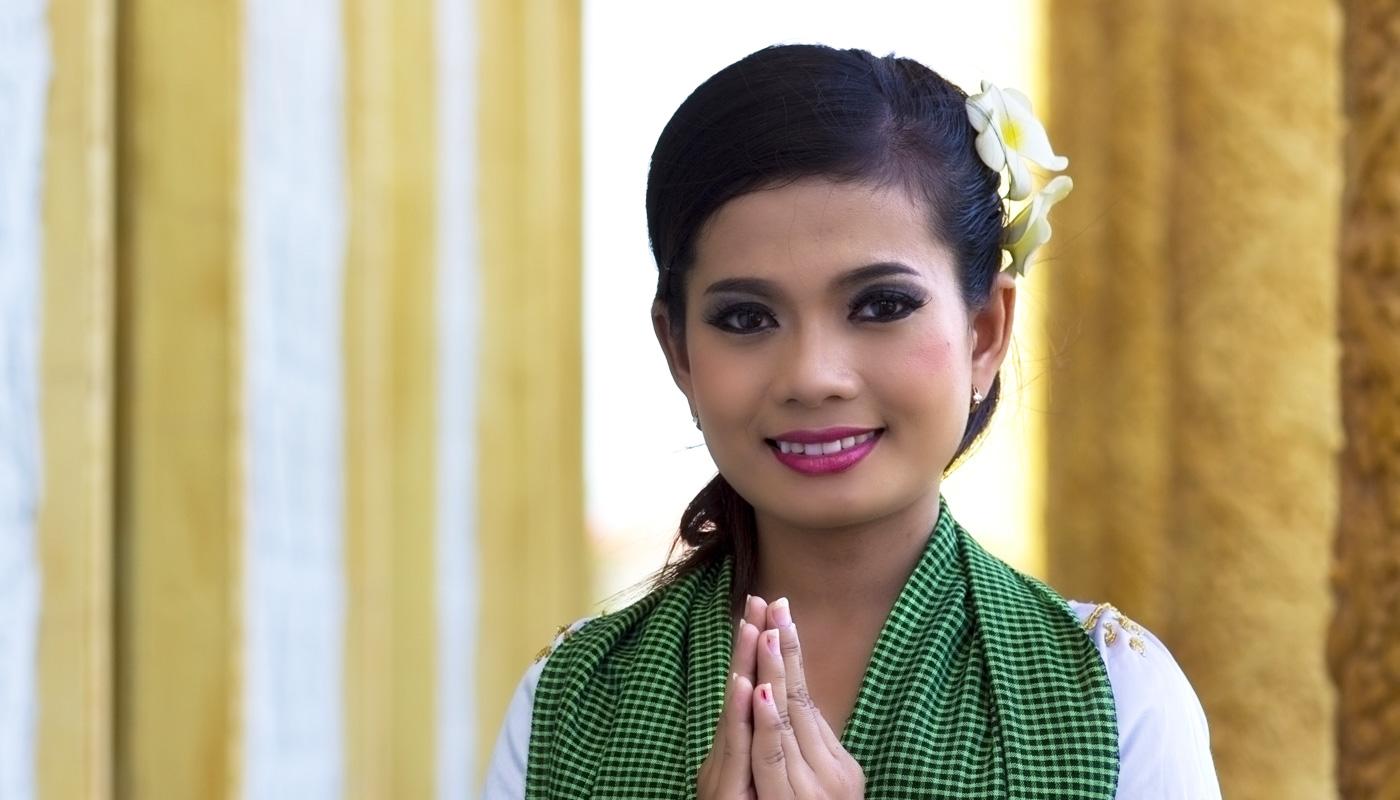 Lecon-de-savoir-vivre-au-Cambodge-Voyagepocket